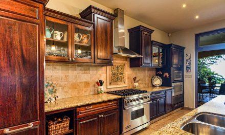 De charmes van een houten keuken