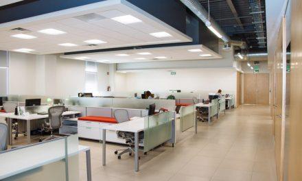 Waarom een lichtplan belangrijk is op kantoor